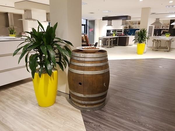 Foyer Planter Box : Foyer showroom planters perfection plant hire